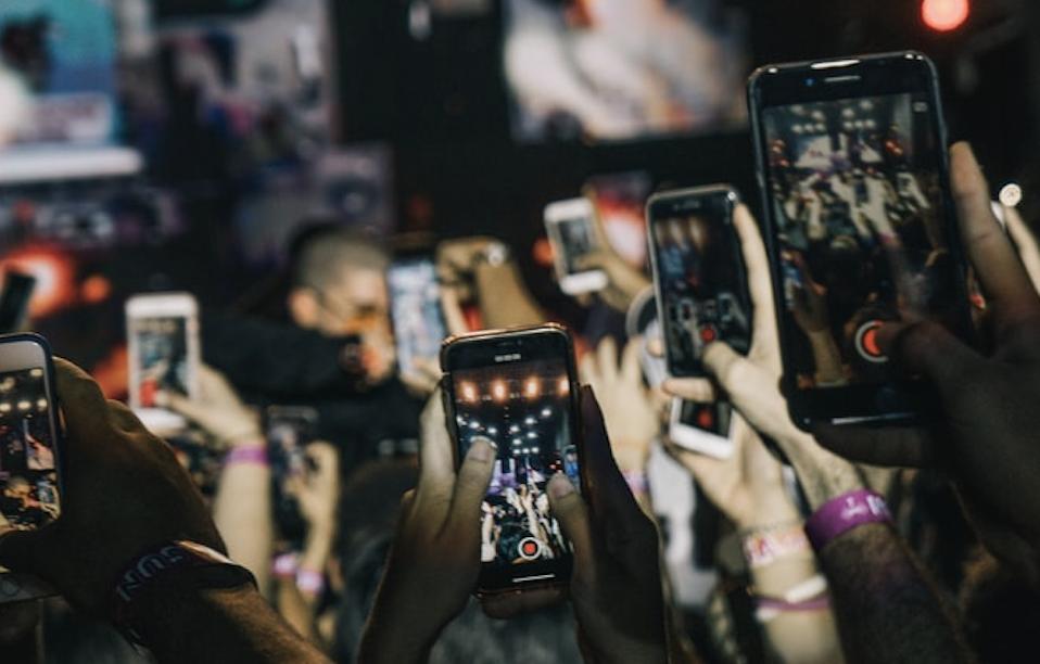 contenu Instagram et Facebook viral